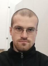 Evgeniy, 31, Latvia, Riga