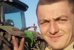 Vasiliy, 27 - Just Me