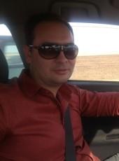 Artem, 39, Russia, Volgograd