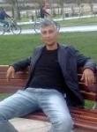 Elshan, 43  , Baku