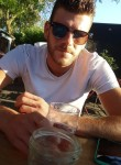 Steven , 23, Manosque