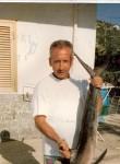 Franco, 62  , Quattromiglia