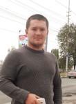 Yuriy, 27, Petrovsk