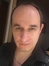 Juju, 35, France, Grenoble