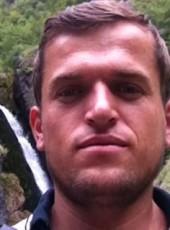 Toni, 29, Albania, Tirana