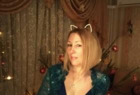 Irina, 45 - Just Me