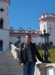 Roman, 45  , Brest