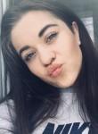 Leyla, 18  , Simferopol