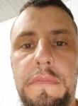Luis, 36  , Santa Cecilia