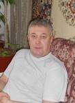 Konstantin, 54  , Luga