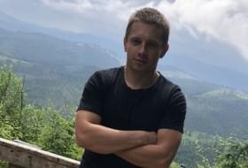 Andriy, 33 - Just Me