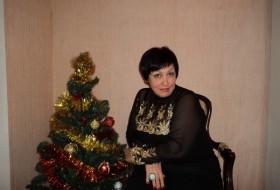 Elena, 58 - Just Me