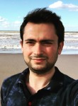 Bozbey, 30, Sultanbeyli