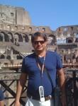 Manuel, 45  , Palermo