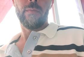 Τωνησ , 45 - Just Me