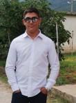 Roberto, 18  , Battipaglia