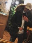 Christian👀, 18  , Erlangen