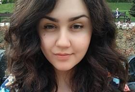 Ulya, 25 - Just Me