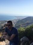 Med, 35  , Tangier