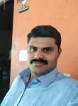 vineeth es, 34  , Cochin
