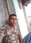 Paulo, 19, Solanea