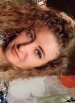 Darya , 26  , Kazan