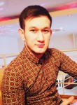 Shakhzod, 25, Saint Petersburg
