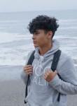 Youssouf, 18  , Moroni