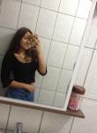 Pam, 20  , Florianopolis
