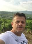 Visar, 48  , Orahovac