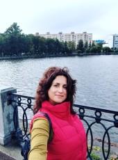Julie, 40, Россия, Санкт-Петербург