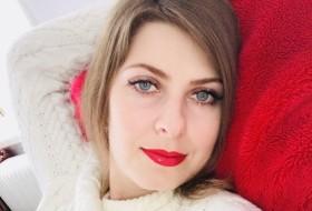 Ivanna8121, 35 - Just Me