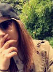 Rebecca, 21  , Koping