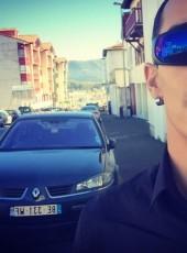 Thomas, 27, Spain, Irun