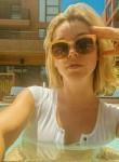 sophia, 23, Paris