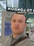 Farukh, 30, Hereford