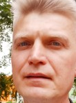 Valeriy, 45, Moscow