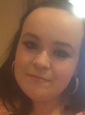 Maxine, 24, Isle of Man, Douglas