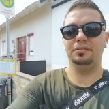 Yousif , 30  , Darmstadt