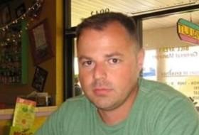 Henson paul, 49 - Just Me