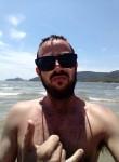 Matheus , 18, Curitiba