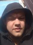 Sergey, 19  , Korenovsk