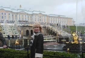 ALINA, 56 - Just Me