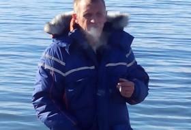 Yuriy, 57 - Just Me