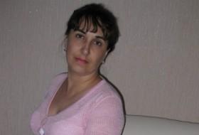 Lena, 45 - Just Me