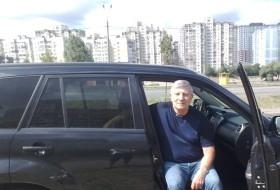 Aleksandr, 70 - Just Me
