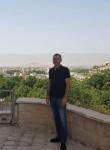 Salih, 40  , Sancaktepe