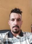 Luís , 35  , Porto