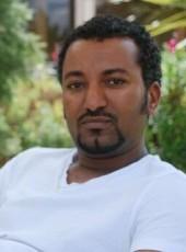 zola, 34, Ethiopia, Addis Ababa