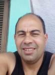 Roberto, 41  , Curitiba